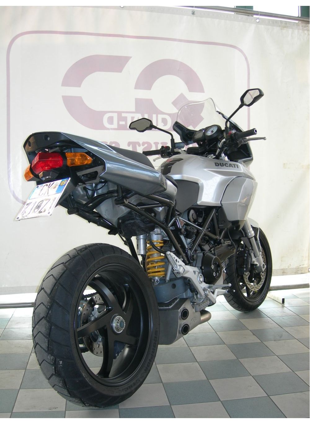 qd exbox uitlaat ducati multistrada 1000 1100 g g shop. Black Bedroom Furniture Sets. Home Design Ideas